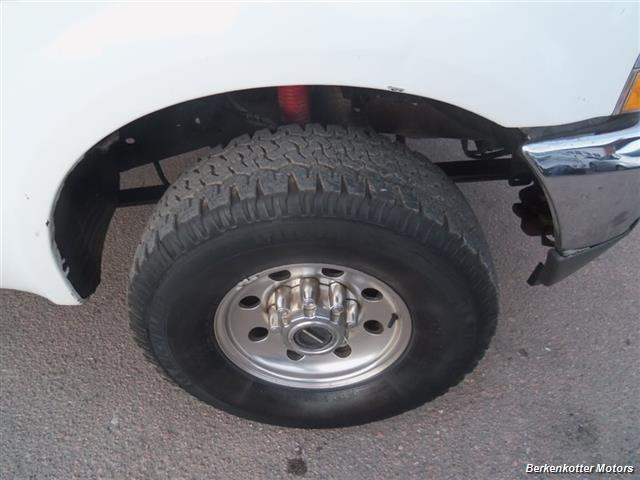 2003 Ford F-250 Super Duty XL 4dr SuperCab XL - Photo 12 - Brighton, CO 80603