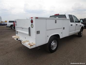 2007 Dodge Ram 3500 ST Quad Cab Utility Box 4x4 - Photo 12 - Castle Rock, CO 80104