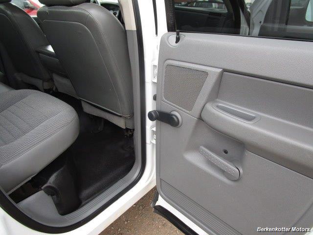 2007 Dodge Ram 3500 ST Quad Cab Utility Box 4x4 - Photo 27 - Castle Rock, CO 80104