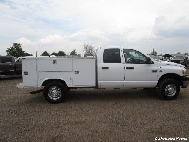 2007 Dodge Ram 3500 ST Quad Cab Utility Box 4x4 - Photo 14 - Castle Rock, CO 80104