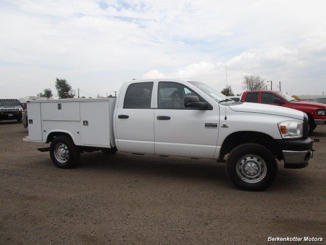 2007 Dodge Ram 3500 ST Quad Cab Utility Box 4x4 - Photo 15 - Castle Rock, CO 80104