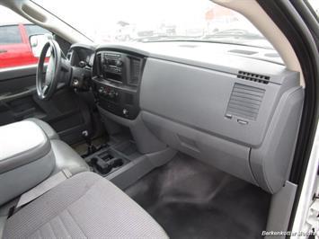 2007 Dodge Ram 3500 ST Quad Cab Utility Box 4x4 - Photo 25 - Castle Rock, CO 80104