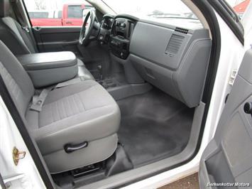 2007 Dodge Ram 3500 ST Quad Cab Utility Box 4x4 - Photo 16 - Castle Rock, CO 80104
