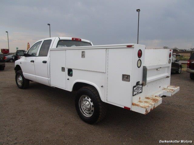 2007 Dodge Ram 3500 ST Quad Cab Utility Box 4x4 - Photo 9 - Castle Rock, CO 80104