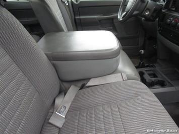 2007 Dodge Ram 3500 ST Quad Cab Utility Box 4x4 - Photo 23 - Castle Rock, CO 80104
