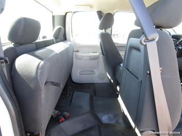 2013 Chevrolet Silverado 2500 Extended Cab 4x4 - Photo 30 - Brighton, CO 80603