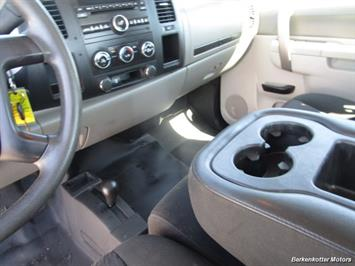 2013 Chevrolet Silverado 2500 Extended Cab 4x4 - Photo 38 - Brighton, CO 80603