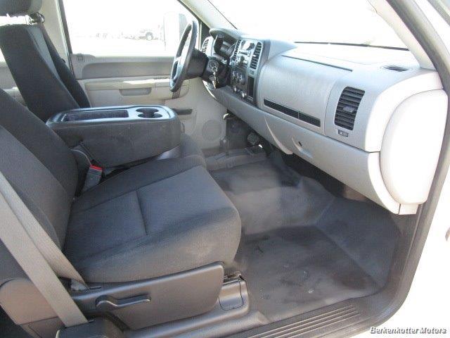 2013 Chevrolet Silverado 2500 Extended Cab 4x4 - Photo 19 - Brighton, CO 80603