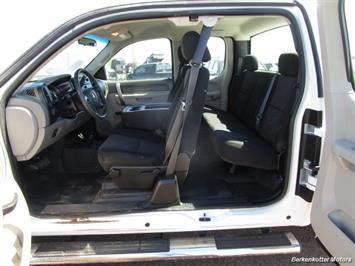 2013 Chevrolet Silverado 2500 Extended Cab 4x4 - Photo 41 - Brighton, CO 80603