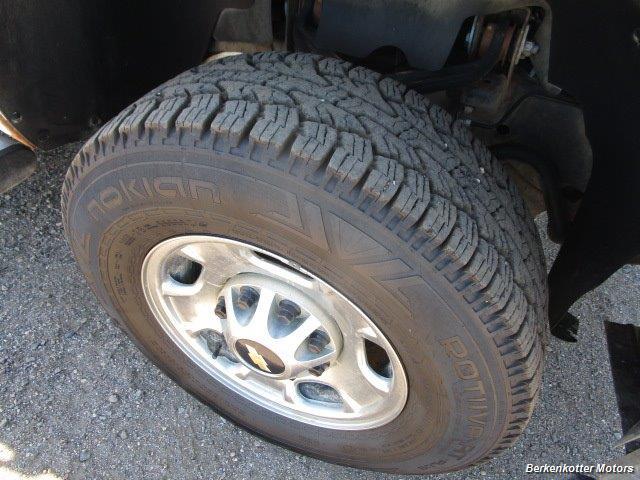 2013 Chevrolet Silverado 2500 Extended Cab 4x4 - Photo 15 - Brighton, CO 80603