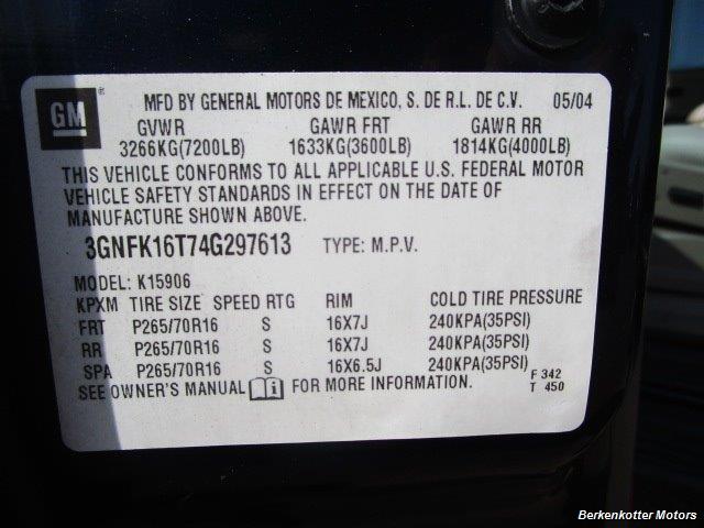2004 Chevrolet Suburban 1500 LT 4x4 - Photo 36 - Brighton, CO 80603
