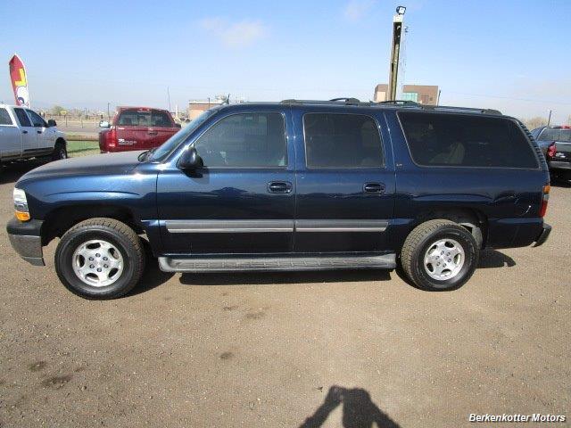 2004 Chevrolet Suburban 1500 LT 4x4 - Photo 3 - Brighton, CO 80603