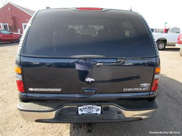 2004 Chevrolet Suburban 1500 LT 4x4 - Photo 6 - Brighton, CO 80603