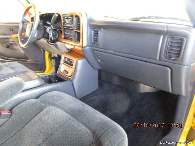 2002 Chevrolet Silverado 1500HD LT - Photo 18 - Brighton, CO 80603
