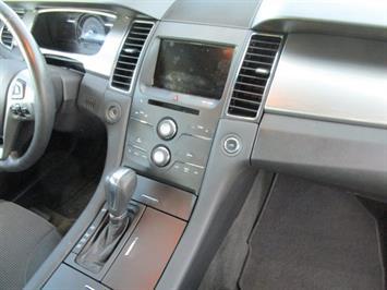 2014 Ford Taurus SEL AWD - Photo 8 - Brighton, CO 80603