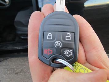 2014 Ford Taurus SEL AWD - Photo 41 - Brighton, CO 80603