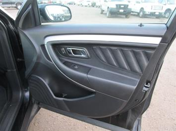 2014 Ford Taurus SEL AWD - Photo 10 - Brighton, CO 80603