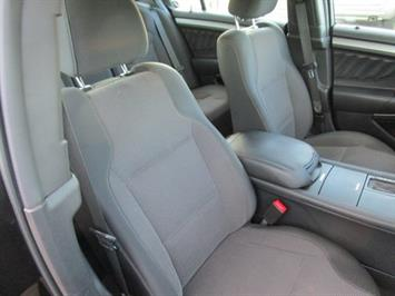 2014 Ford Taurus SEL AWD - Photo 13 - Brighton, CO 80603
