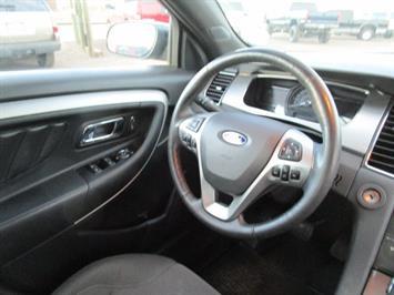 2014 Ford Taurus SEL AWD - Photo 15 - Brighton, CO 80603
