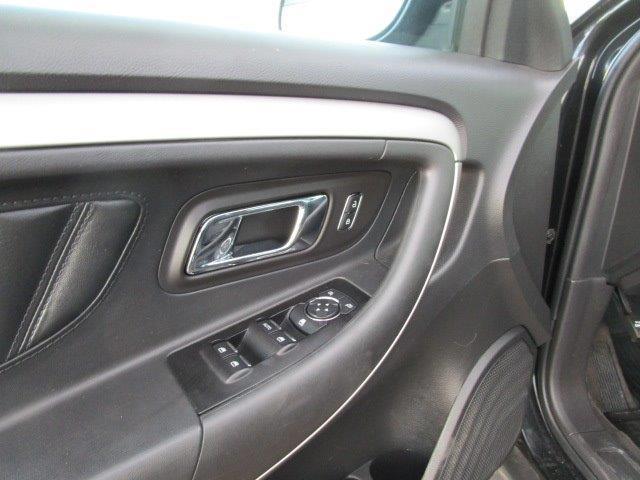 2014 Ford Taurus SEL AWD - Photo 26 - Brighton, CO 80603