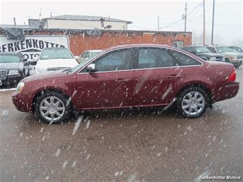 2007 Ford Five Hundred Limited - Photo 5 - Brighton, CO 80603