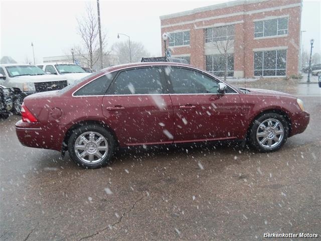 2007 Ford Five Hundred Limited - Photo 11 - Brighton, CO 80603
