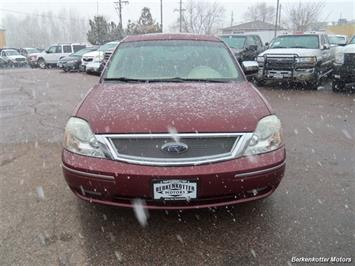 2007 Ford Five Hundred Limited - Photo 2 - Brighton, CO 80603