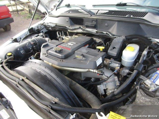 2008 Dodge Ram Chassis 3500 SLT Quad Cab 4x4 Utility Box - Photo 33 - Brighton, CO 80603