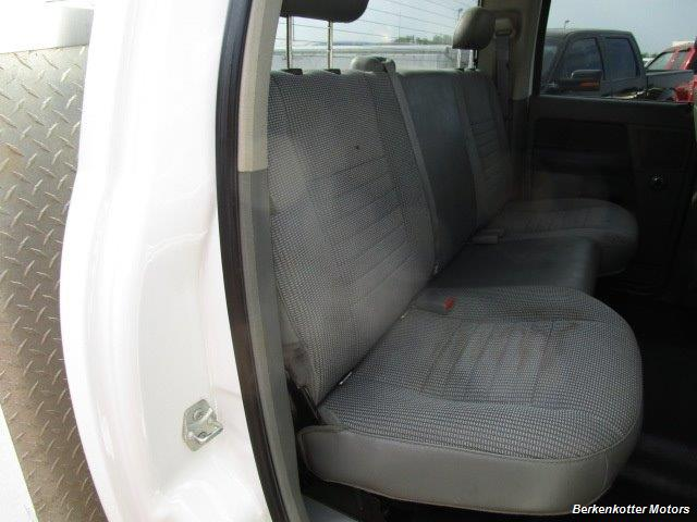 2008 Dodge Ram Chassis 3500 SLT Quad Cab 4x4 Utility Box - Photo 45 - Brighton, CO 80603