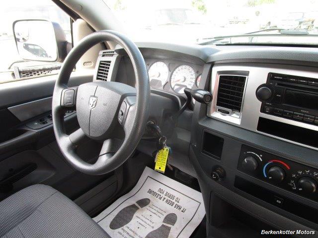 2008 Dodge Ram Chassis 3500 SLT Quad Cab 4x4 Utility Box - Photo 42 - Brighton, CO 80603