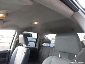 2008 Dodge Ram Chassis 3500 SLT Quad Cab 4x4 Utility Box - Photo 13 - Brighton, CO 80603