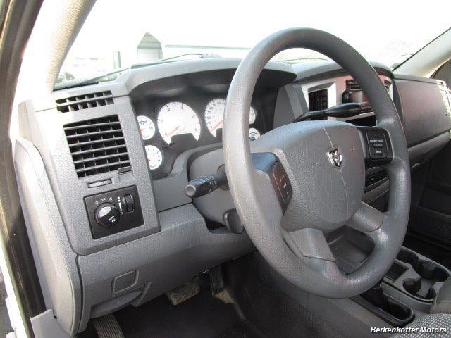 2008 Dodge Ram Chassis 3500 SLT Quad Cab 4x4 Utility Box - Photo 55 - Brighton, CO 80603
