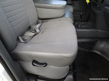 2008 Dodge Ram Chassis 3500 SLT Quad Cab 4x4 Utility Box - Photo 30 - Brighton, CO 80603