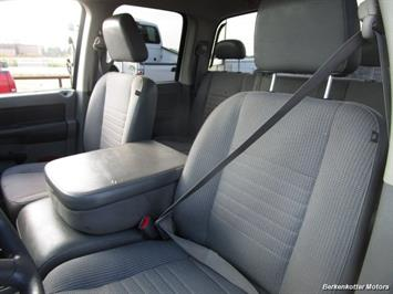 2008 Dodge Ram Chassis 3500 SLT Quad Cab 4x4 Utility Box - Photo 11 - Brighton, CO 80603
