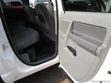 2008 Dodge Ram Chassis 3500 SLT Quad Cab 4x4 Utility Box - Photo 49 - Brighton, CO 80603