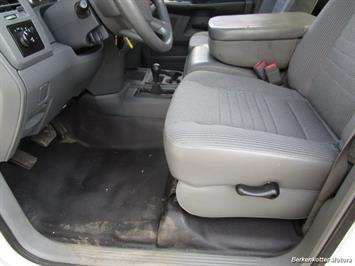 2008 Dodge Ram Chassis 3500 SLT Quad Cab 4x4 Utility Box - Photo 56 - Brighton, CO 80603
