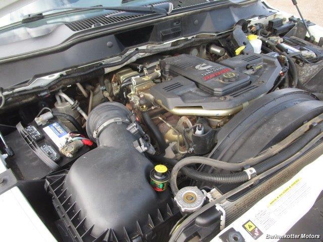 2008 Dodge Ram Chassis 3500 SLT Quad Cab 4x4 Utility Box - Photo 32 - Brighton, CO 80603