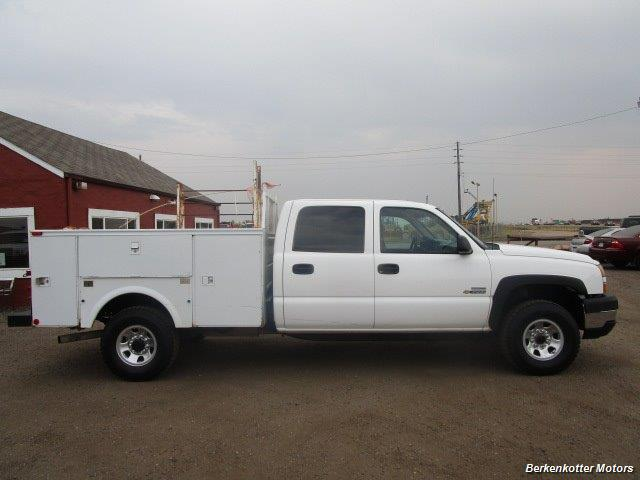 2007 Chevrolet Silverado 3500 Classic LS Crew Cab Utility Box 4x4 - Photo 8 - Castle Rock, CO 80104