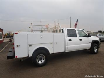 2007 Chevrolet Silverado 3500 Classic LS Crew Cab Utility Box 4x4 - Photo 7 - Castle Rock, CO 80104