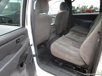 2007 Chevrolet Silverado 3500 Classic LS Crew Cab Utility Box 4x4 - Photo 18 - Castle Rock, CO 80104