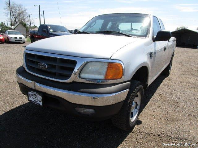 2004 Ford F-150 Heritage XL SuperCab 4x4 - Photo 11 - Fountain, CO 80817