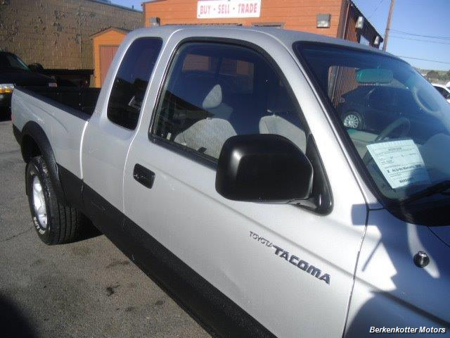 2003 Toyota Tacoma PreRunner V6 - Photo 16 - Brighton, CO 80603