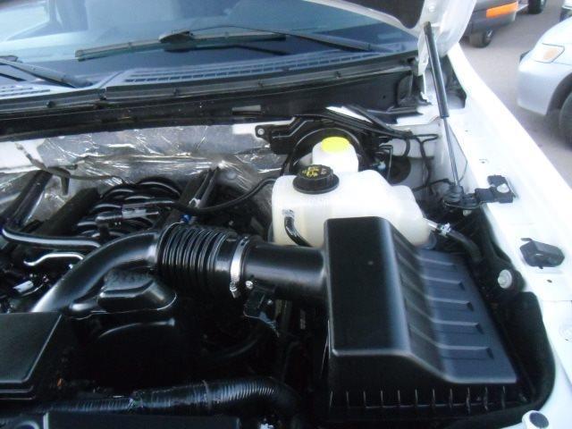 2014 Ford F-150 XLT Super Crew 4x4 - Photo 24 - Castle Rock, CO 80104