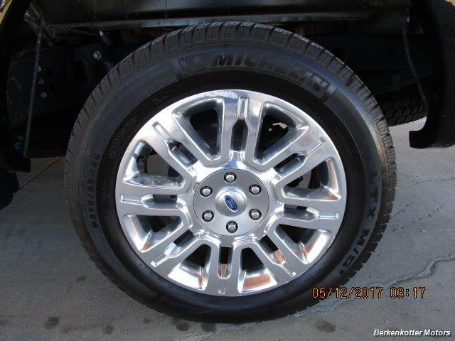 2009 Ford F-150 Lariat Super Crew 4x4 - Photo 32 - Brighton, CO 80603
