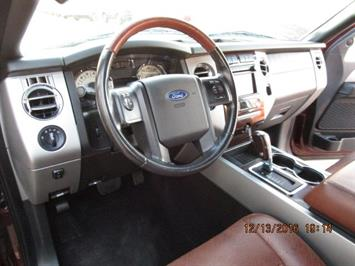 2010 Ford Expedition King Ranch - Photo 20 - Brighton, CO 80603