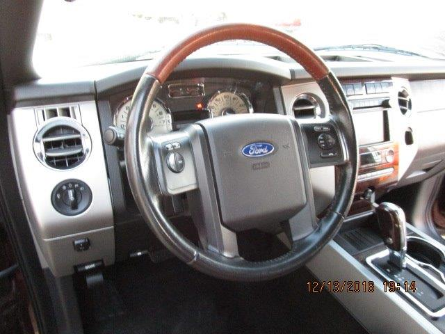 2010 Ford Expedition King Ranch - Photo 21 - Brighton, CO 80603