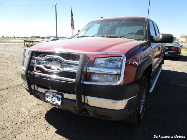 2004 Chevrolet Silverado 2500 LS Crew Cab 4x4 - Photo 12 - Brighton, CO 80603