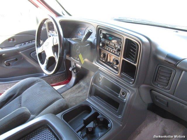 2004 Chevrolet Silverado 2500 LS Crew Cab 4x4 - Photo 20 - Brighton, CO 80603