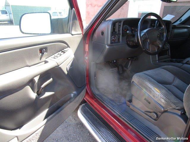 2004 Chevrolet Silverado 2500 LS Crew Cab 4x4 - Photo 32 - Brighton, CO 80603