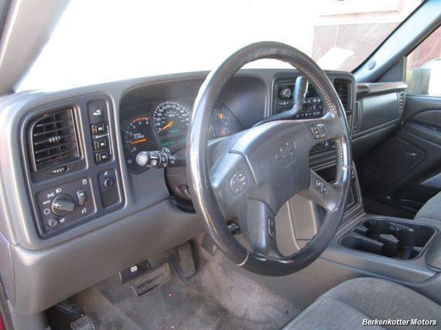 2004 Chevrolet Silverado 2500 LS Crew Cab 4x4 - Photo 30 - Brighton, CO 80603